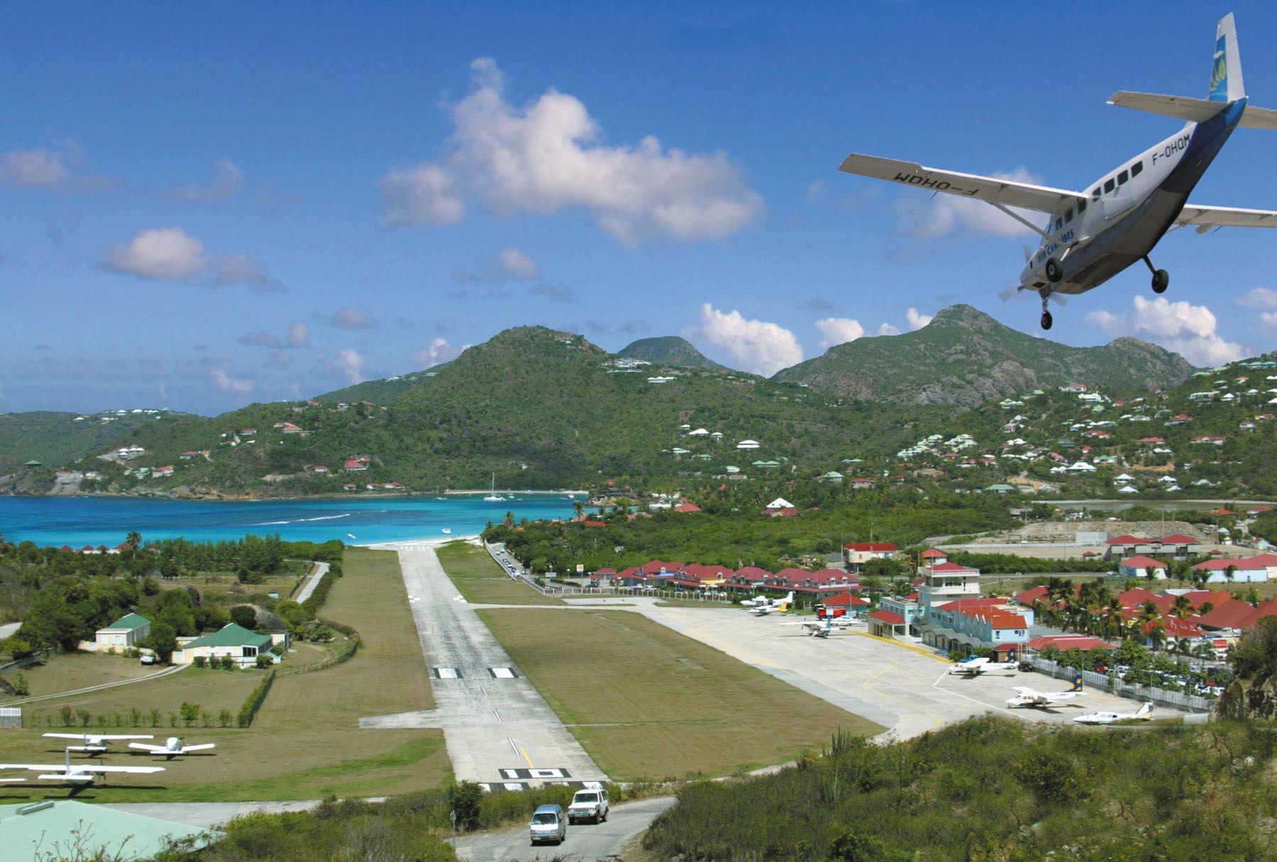 Аэропорт Густаф III в Сент-Бартелеми