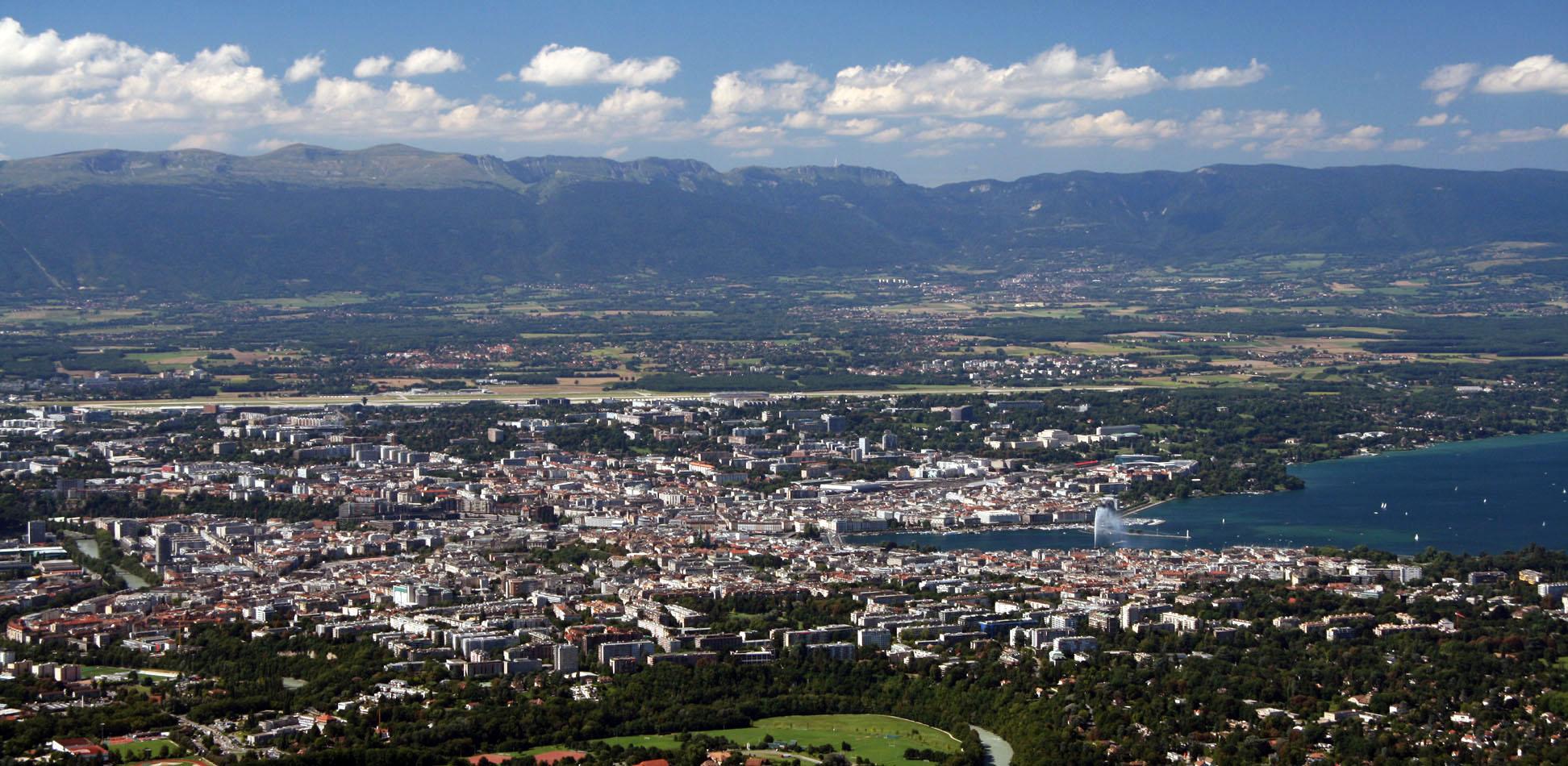 Вид на Женеву с горы Салев