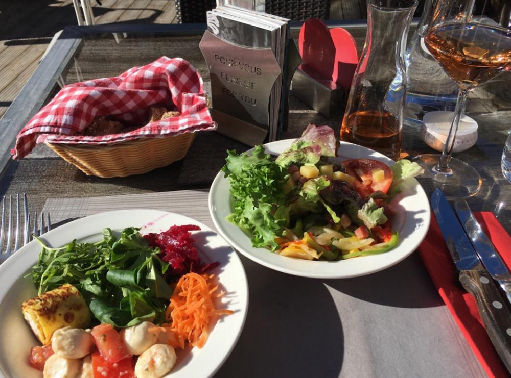 Завтрак в заведении Tradition Julen