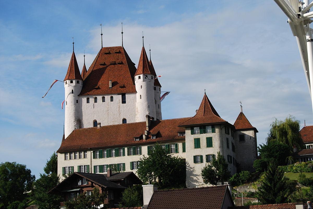 Замок Тун
