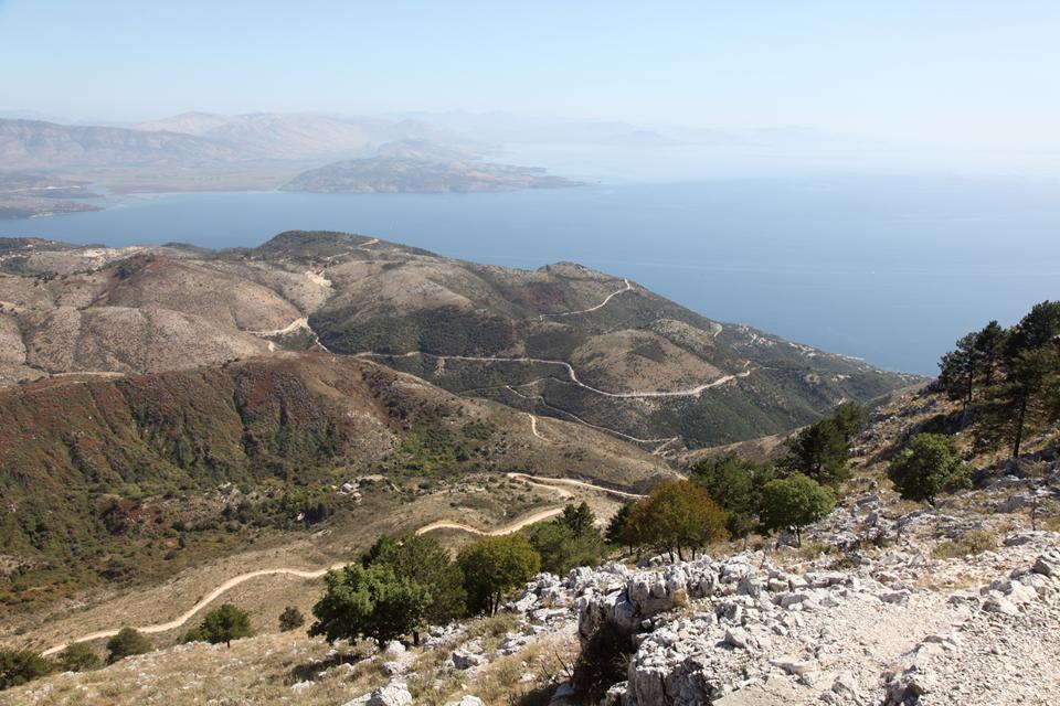 Вид с горы Пантократор