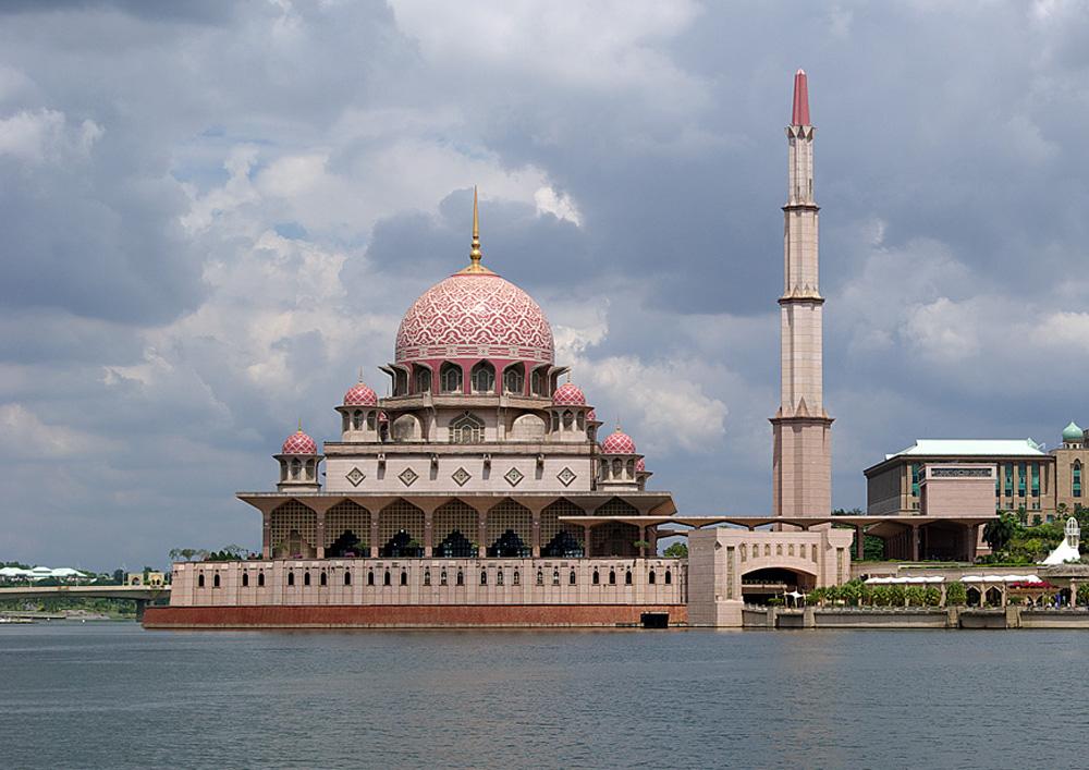 Мечеть Путраджайя (Putra Mosque)