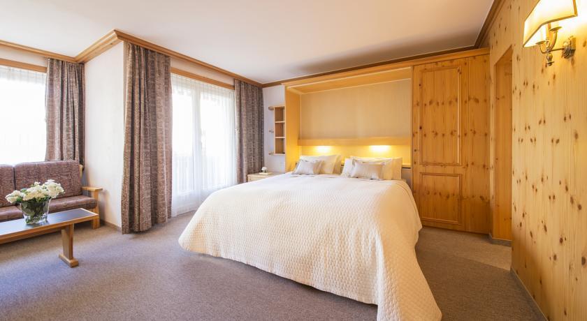 Номер в отеле Hotel Europa St. Moritz