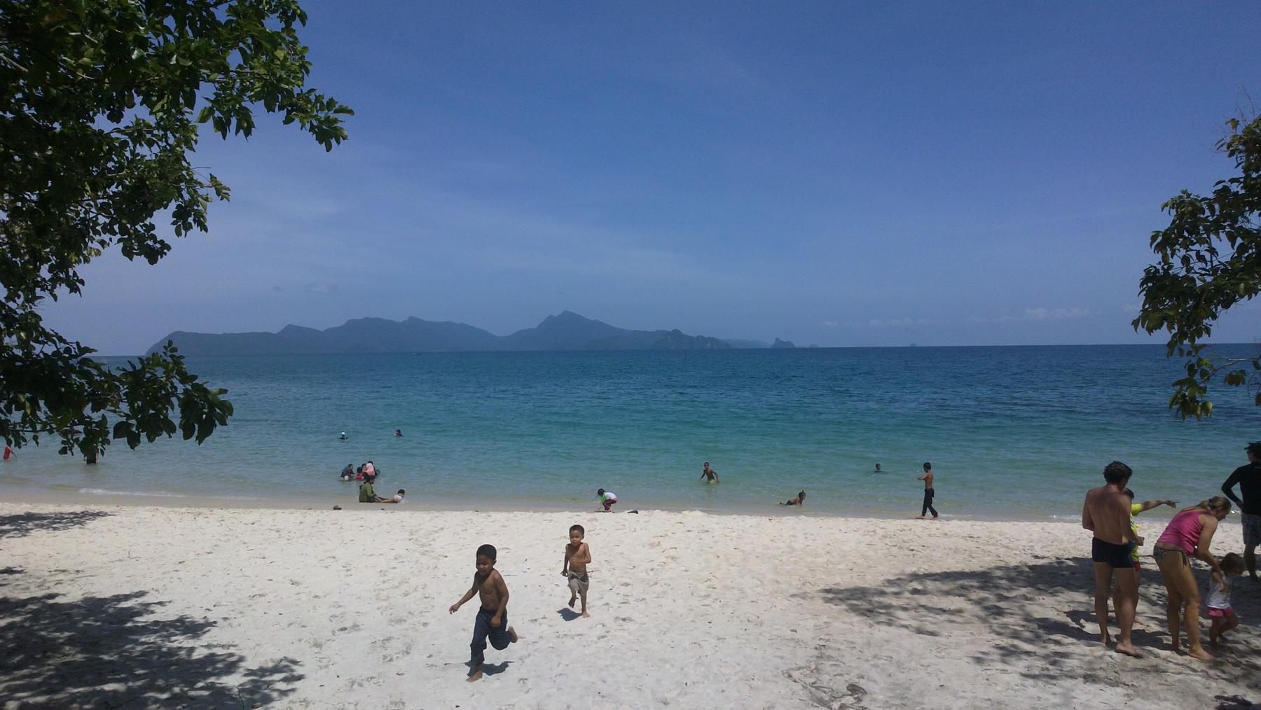 Пляж Тенгорак (Tengkorak)