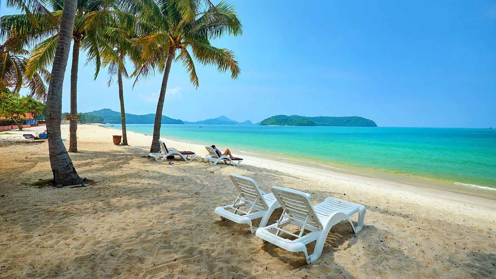Пляж Pantai Tengah