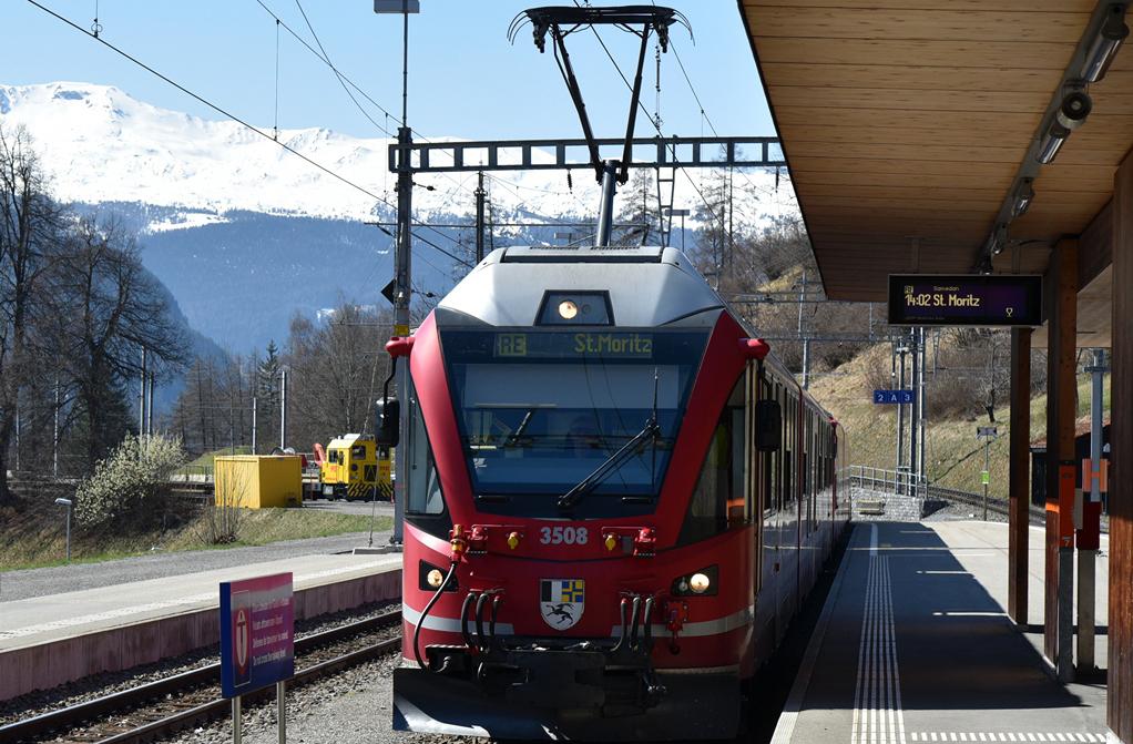 Поезд в Санкт-Мориц