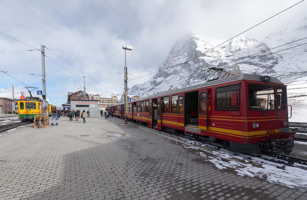 Станция Клайне-Шайдег (Kleine Scheidegg)