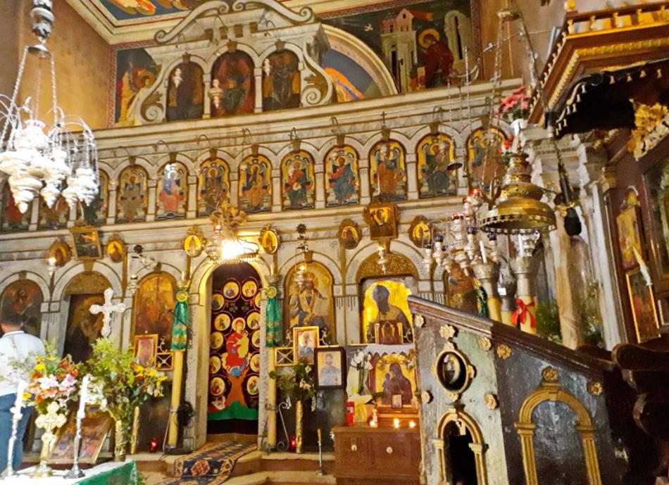 В монастырь Девы Марии