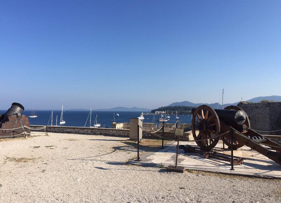 Пушки в форте Палео Фрурио