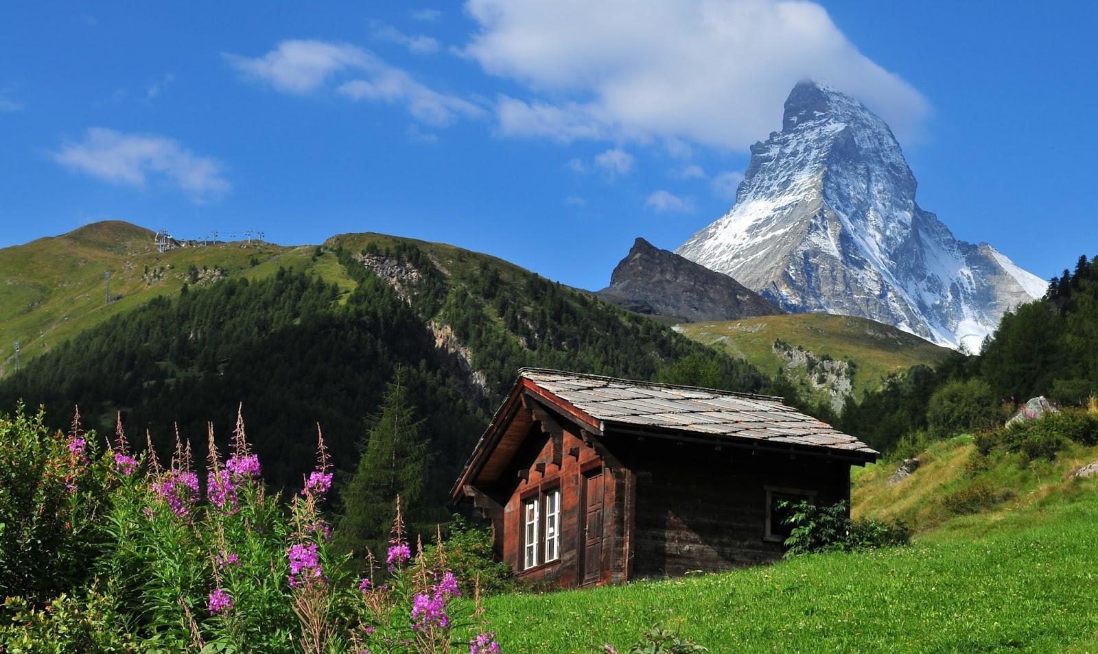 Гора Маттерхорн в летнее время