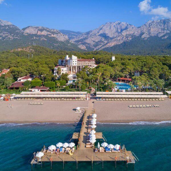 Вид с воздуха на отель