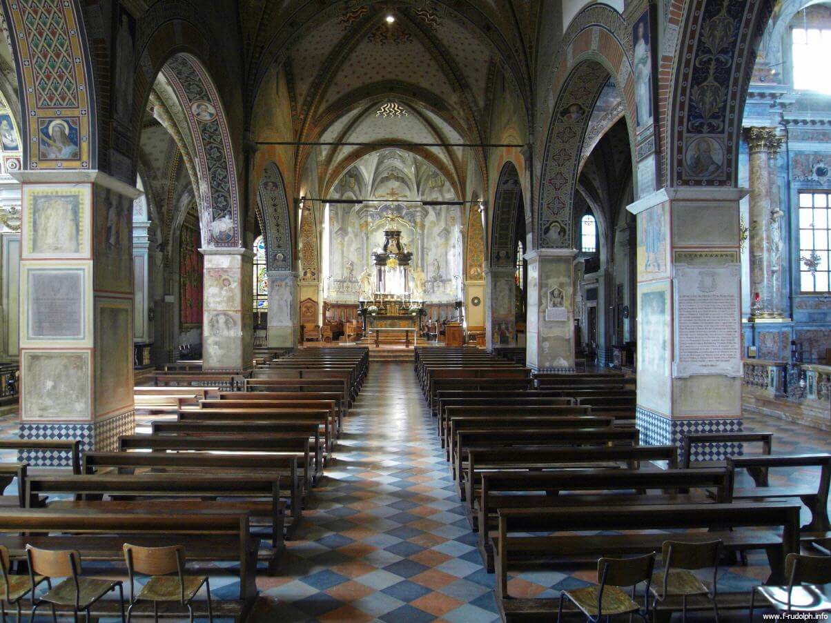 Интерьер собора Cattedrale di San Lorenzo