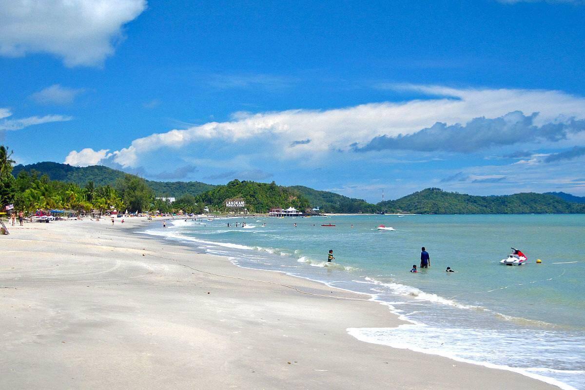 Пляж Pantai Cenang