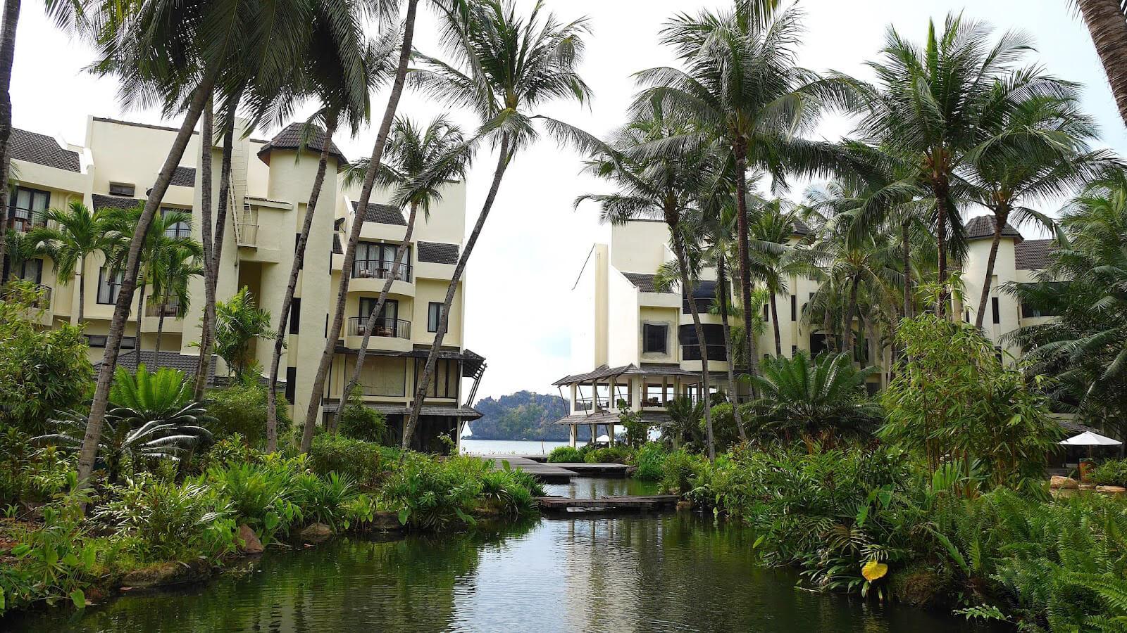 Гостиница Tanjung Rhu Resort