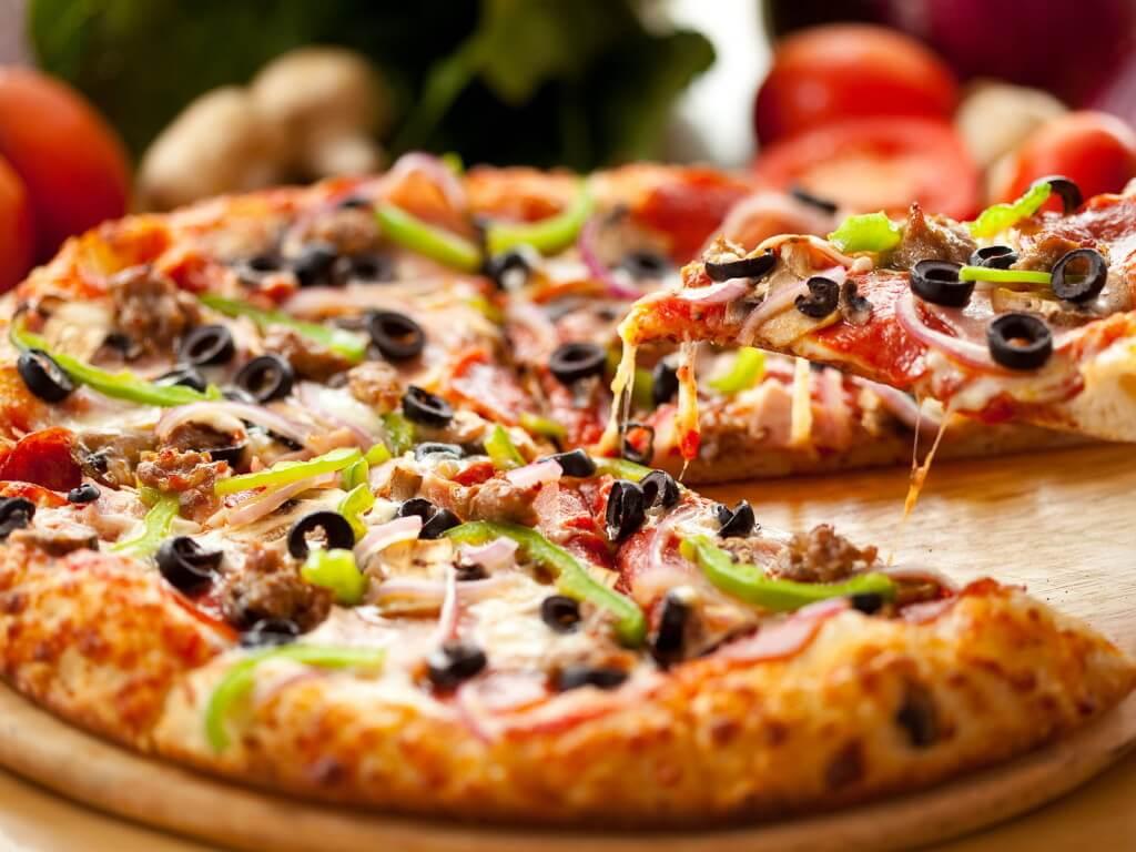 Пицца в одной из пиццерий Базеля
