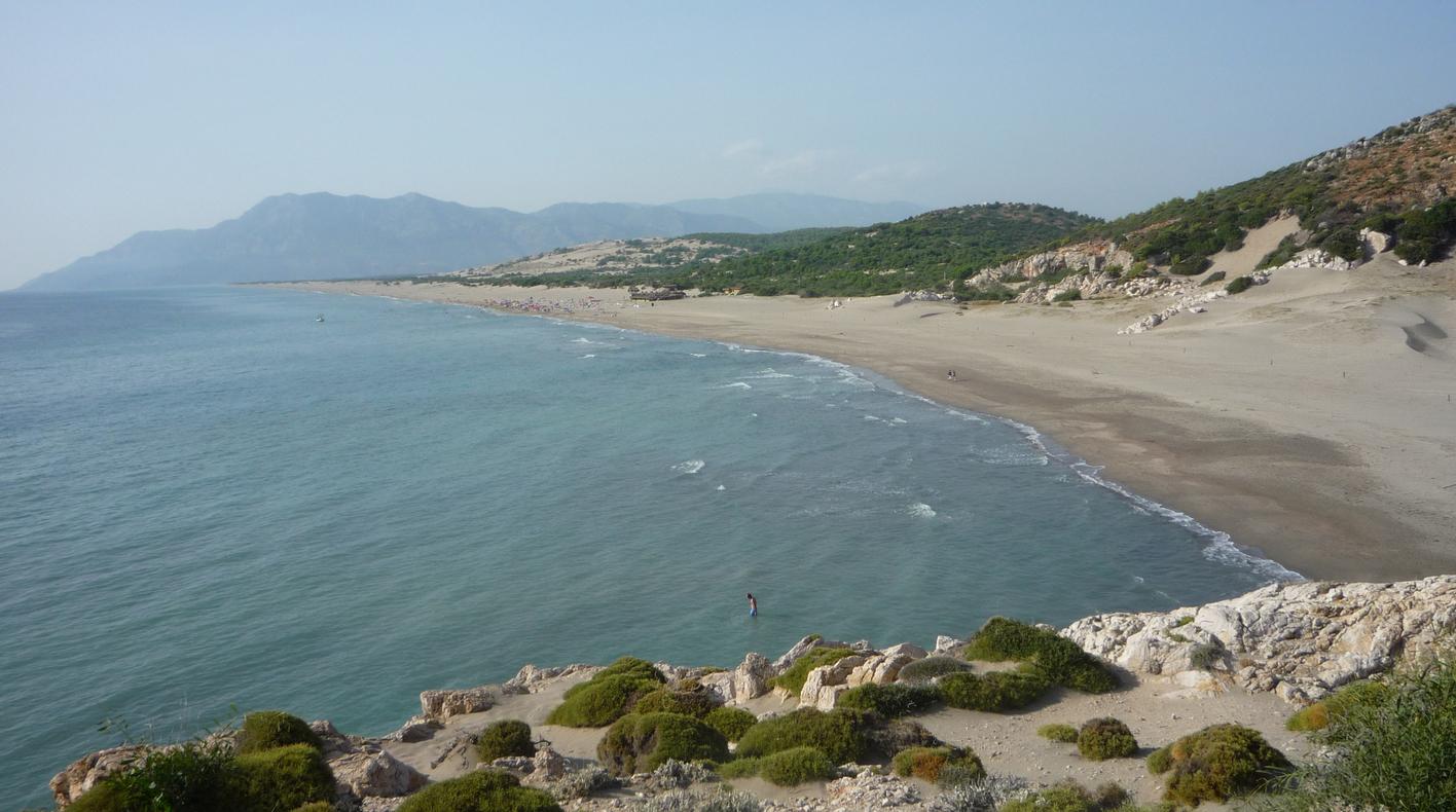 Вид на пляж Патара