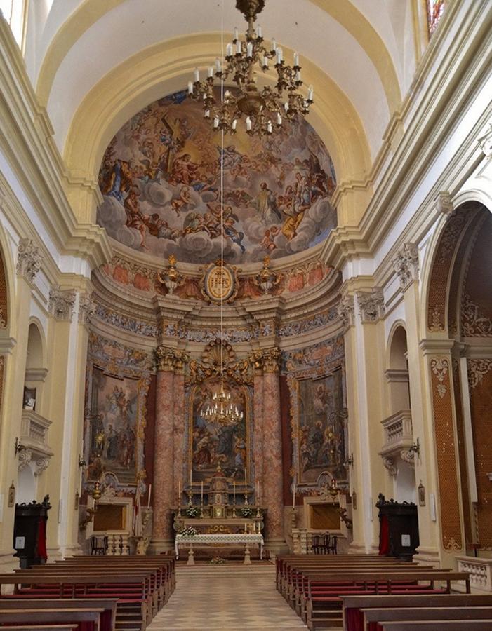 Внутреннее оформление церкви