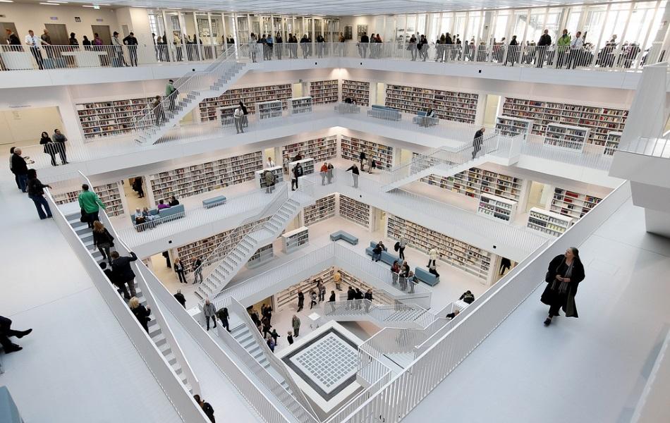 Интерьер городской библиотеки Штутгарта