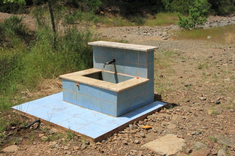 Источник с родниковой водой