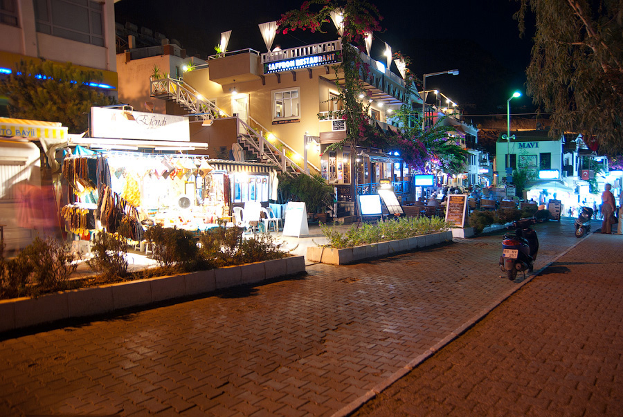 Кафешки в городе Каш