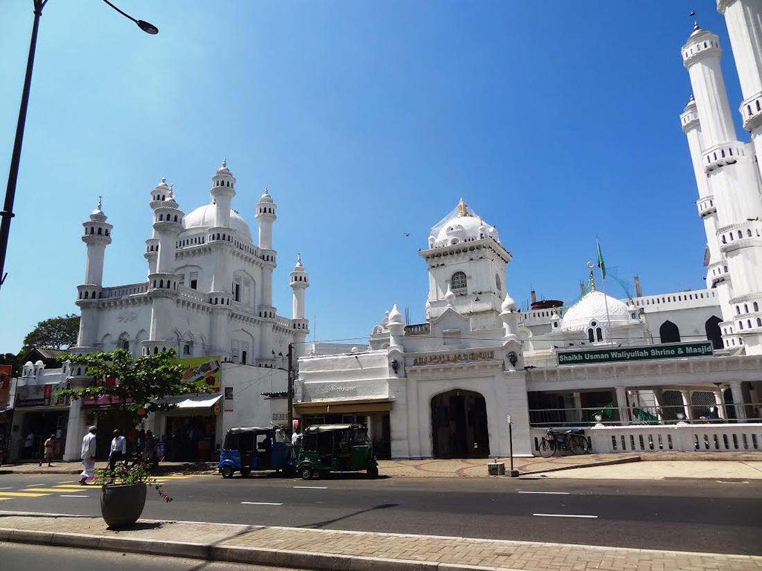 Мечеть Dewatagaha-Jumma в Коломбо