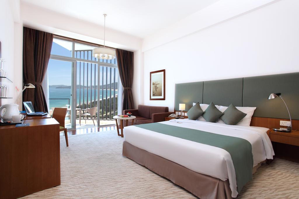 Номер в отеле Hotel Novotel Nha Trang