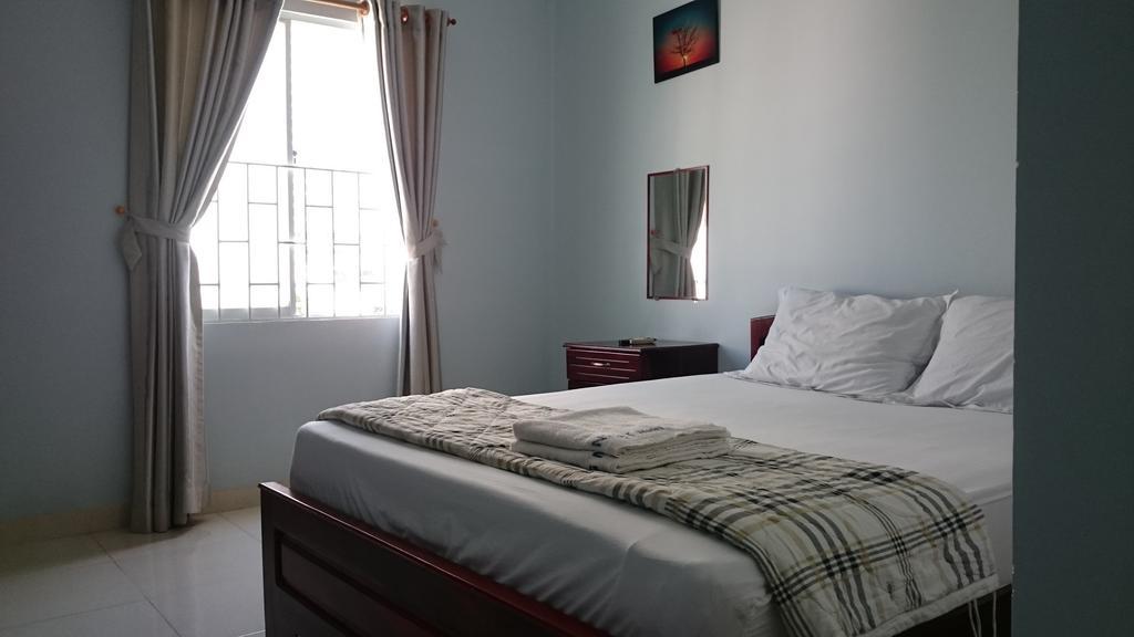 Номер в отеле Quang Nhat Hotel