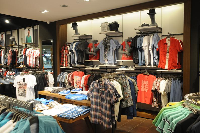 Одежда фирмы Colins