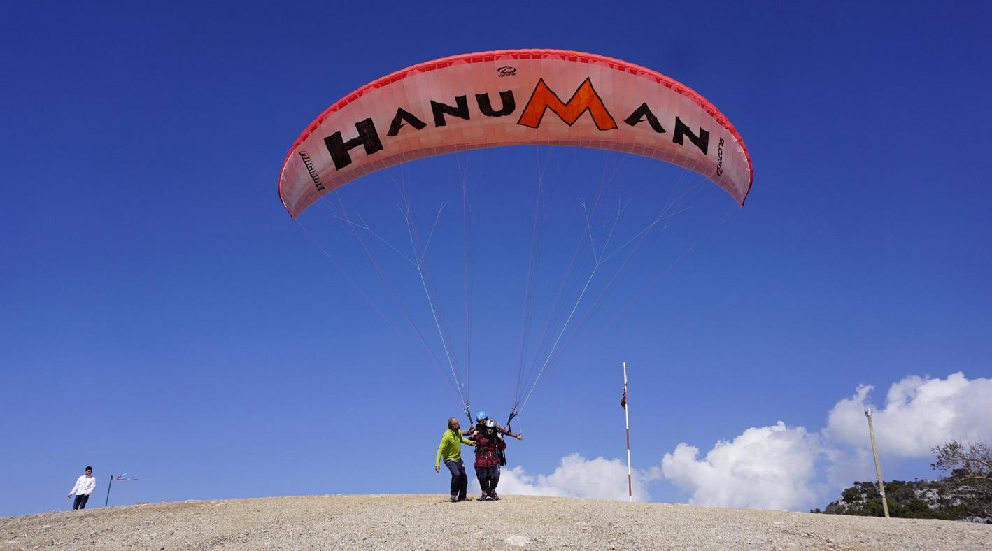 Параглайдинг с Hanuman Paragliding