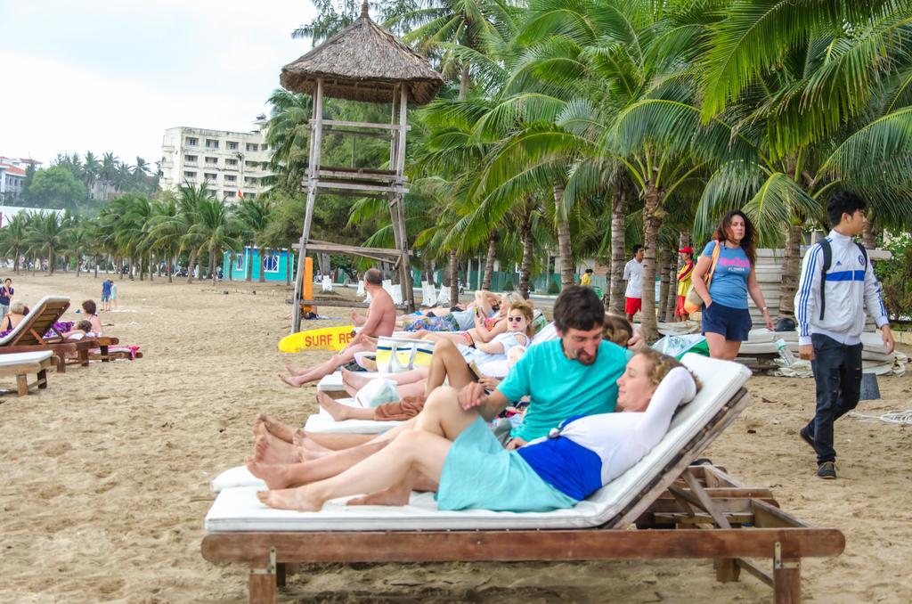 Пляж не далеко от отеля