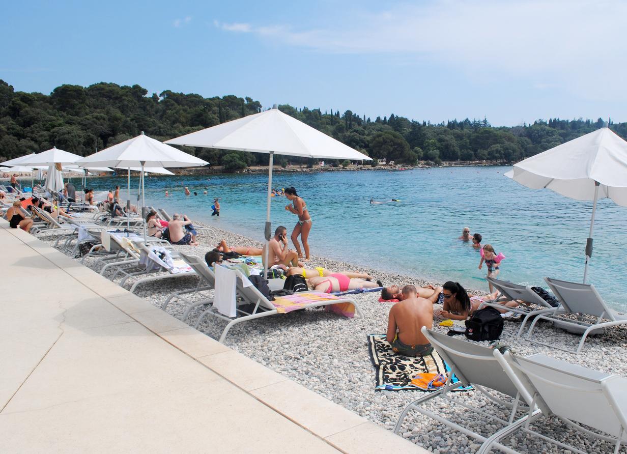 Пляж Mulini Beach