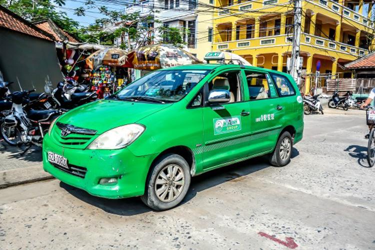Такси в Хойане