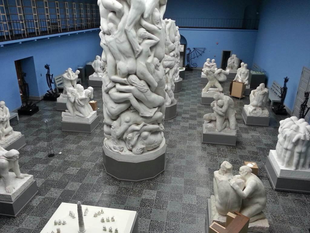Фото в музее Вигеланда