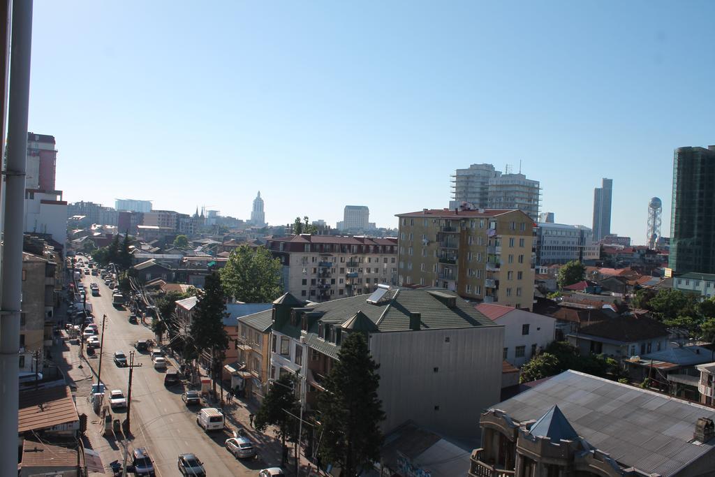 Вид на улицу Пушкина в Батуми