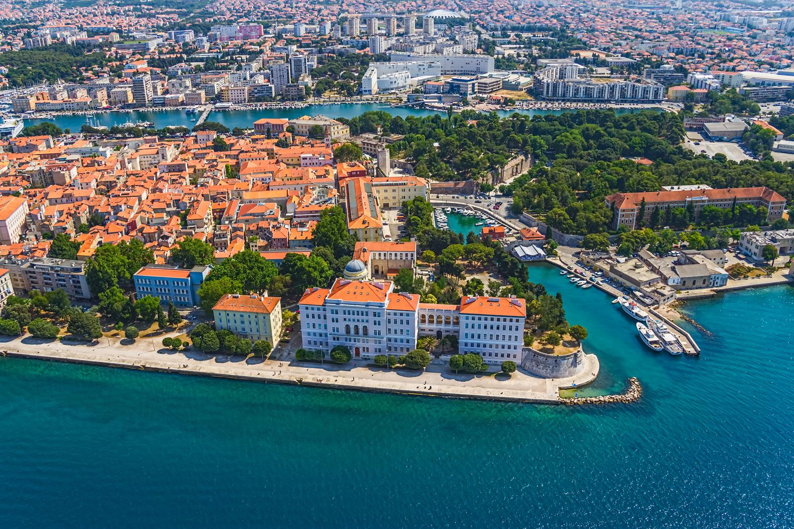 Хорватский город Задар