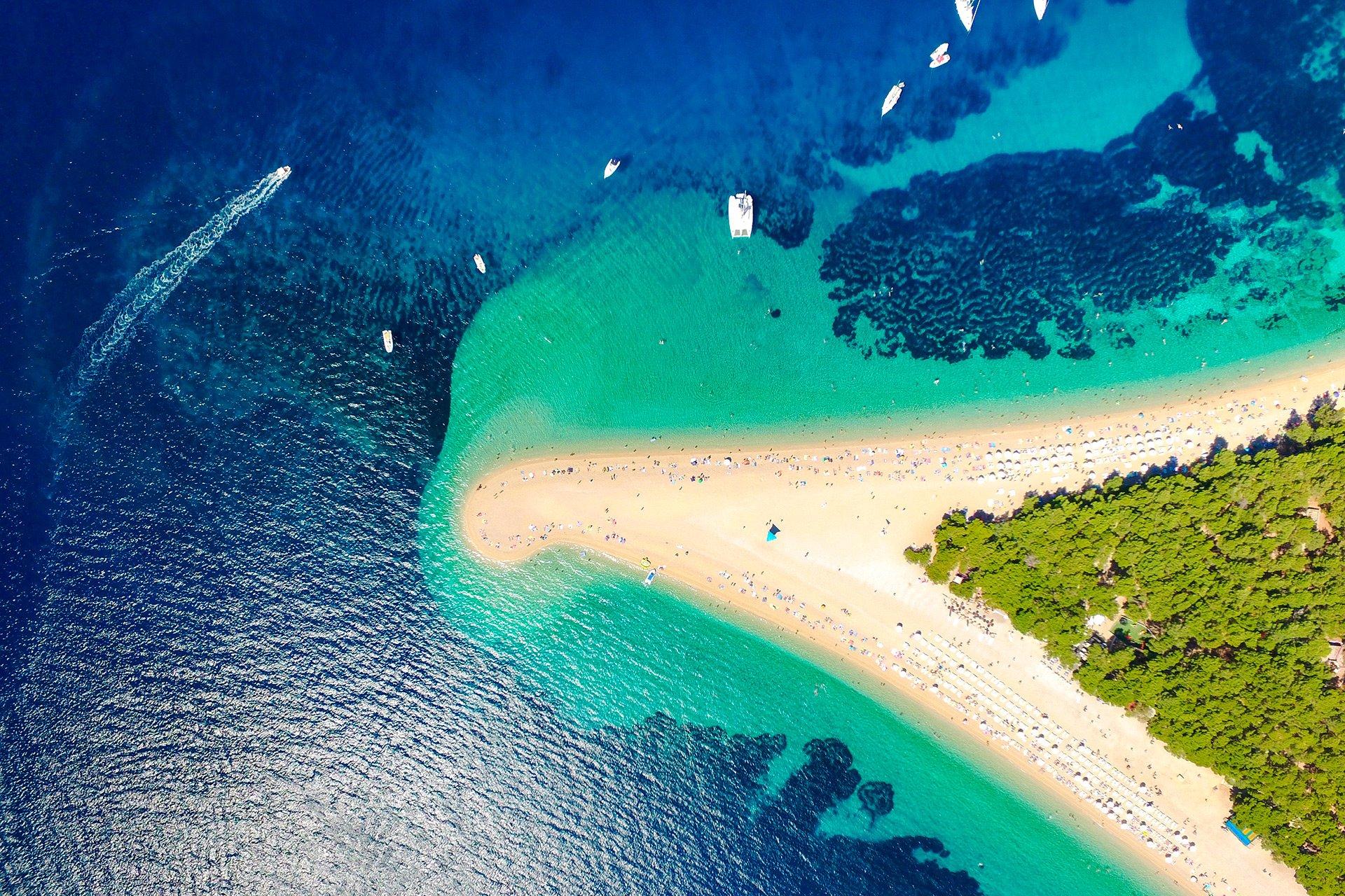 Пляж острова Брач