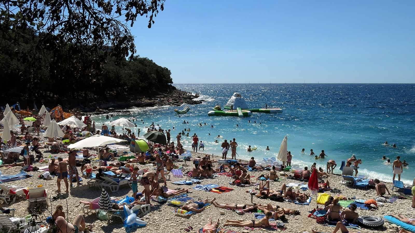 Пляж Ambrela