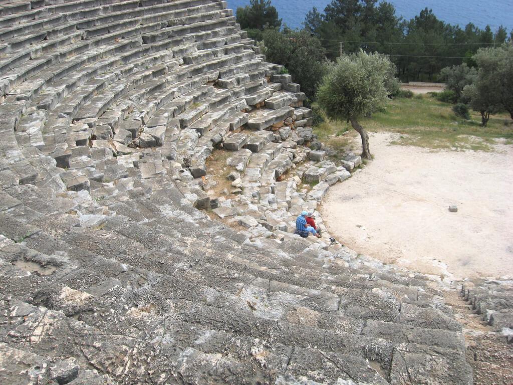 Амфитеатр (Hellenistic Theatre)