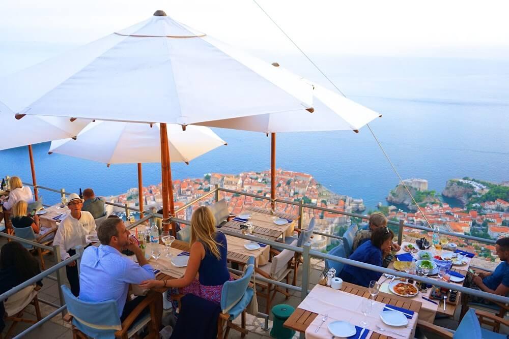 Ужин в ресторане Panorama Restaurant