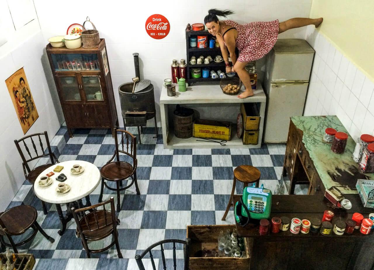 Одна из комнат музея «Вверх ногами»