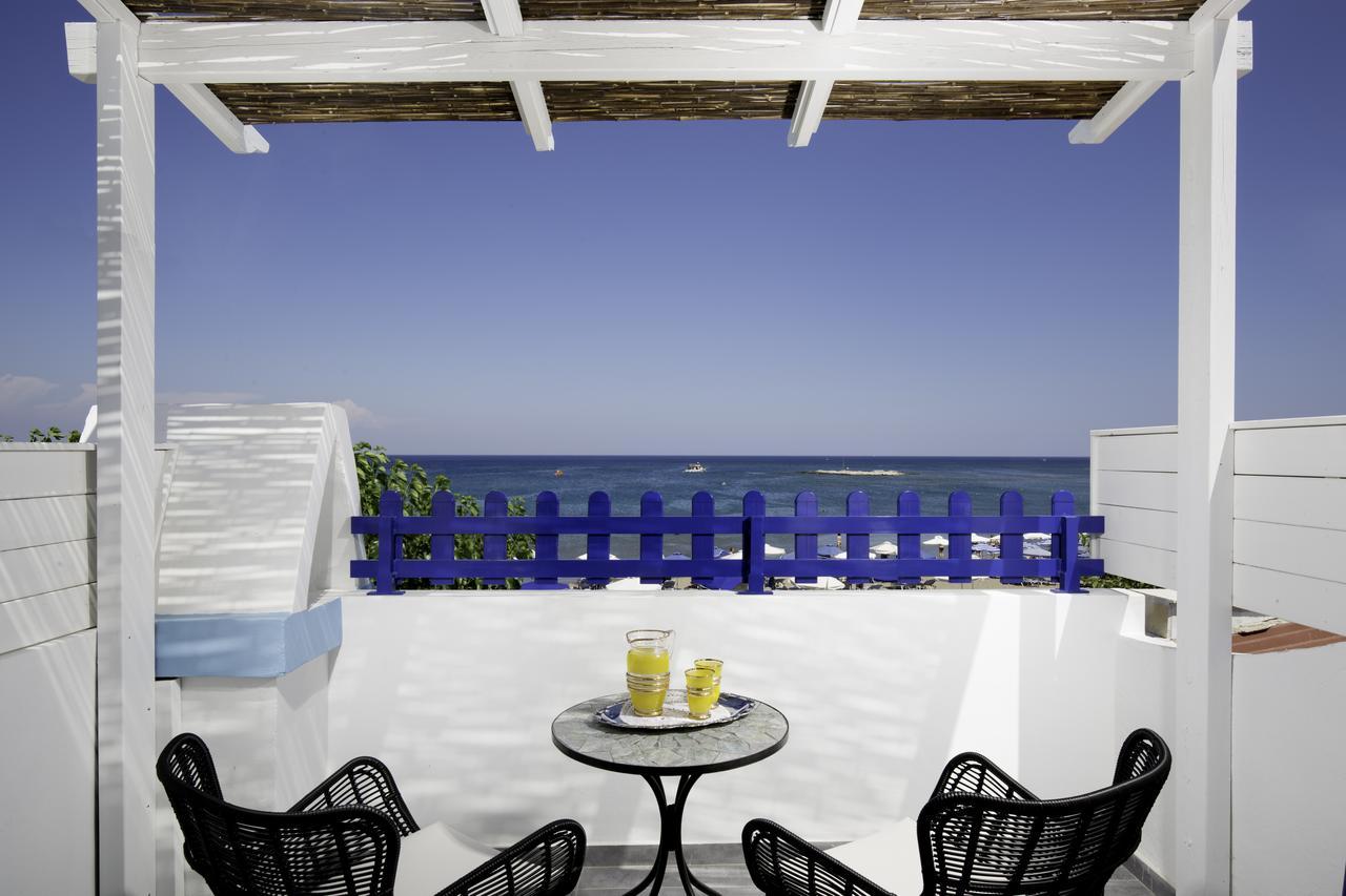 Вид на море с отеля Dimitra Rooms