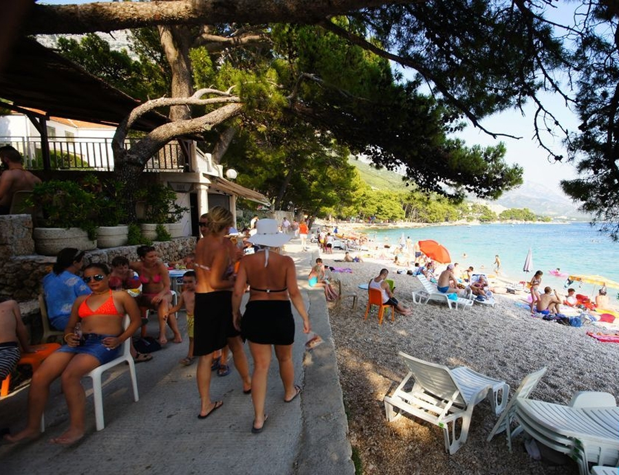 Кафе рядом с пляжем Punta Rata