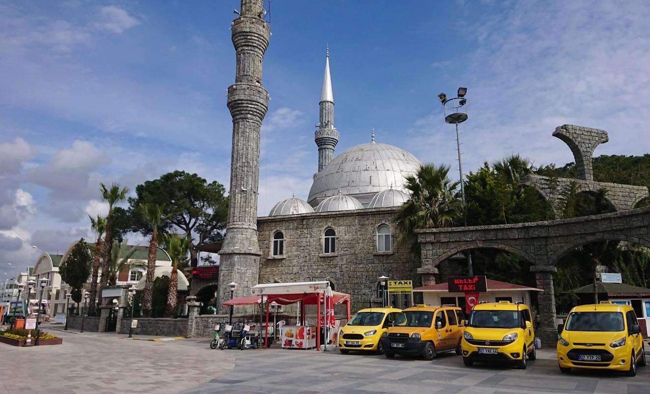 Мечеть в Белек