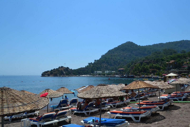 Отдых на пляже Турунч