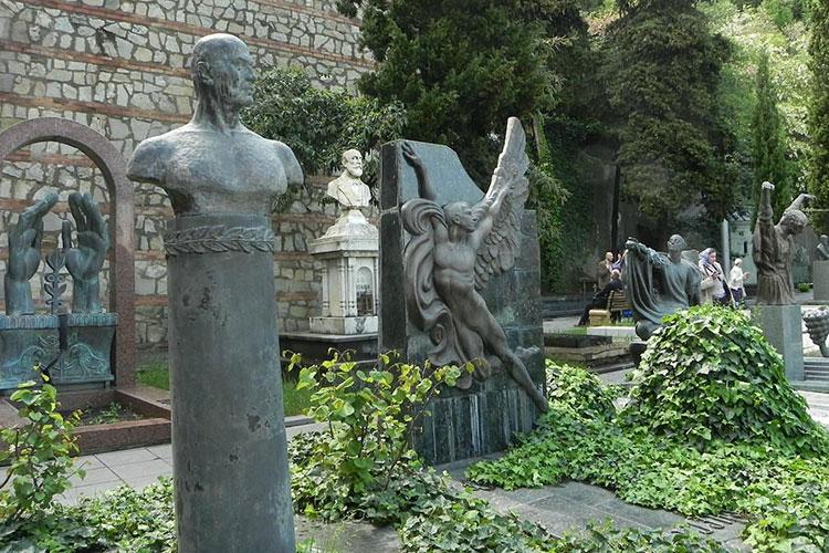 Кладбище писателей