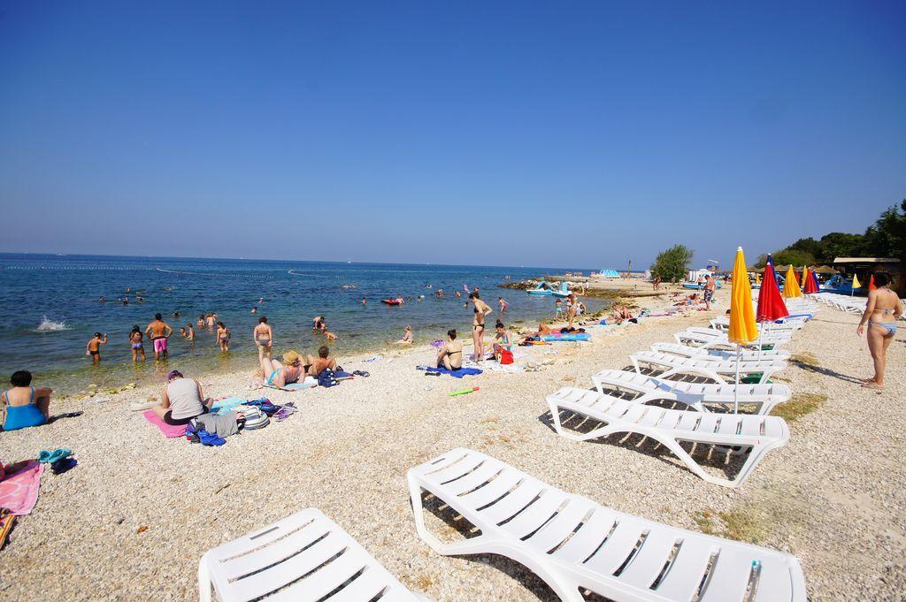 Пляж Borik Beach