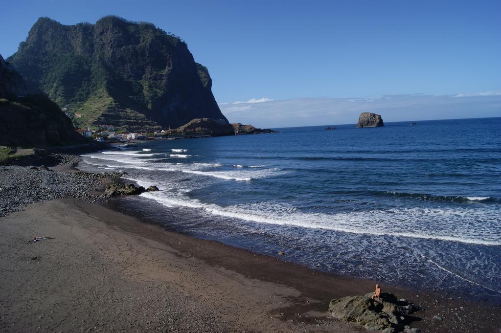 Пляж Ponto da Cruz