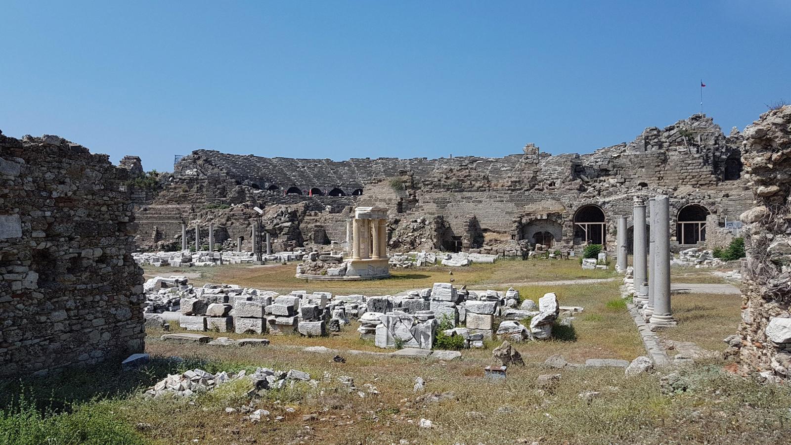 Античный город-музей Сиде