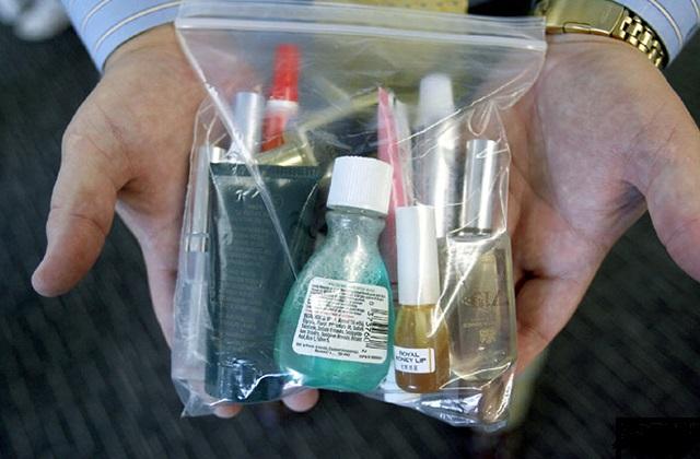 Флакончики в прозрачном пакете