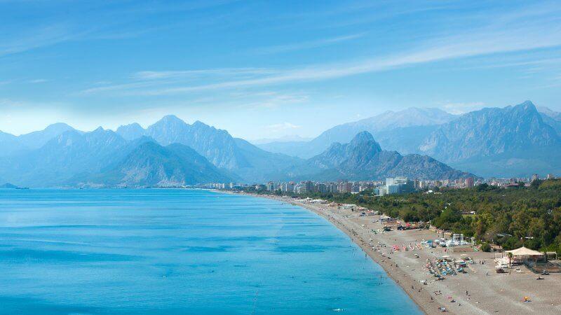 Курорт Анталья и его пляж